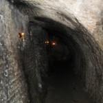 Katakomberna är mörka, fuktiga, lågt i tak och ojämnt golv. Men de var farligare förr.