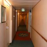 108 Ombord, gångarna var oändligt långa