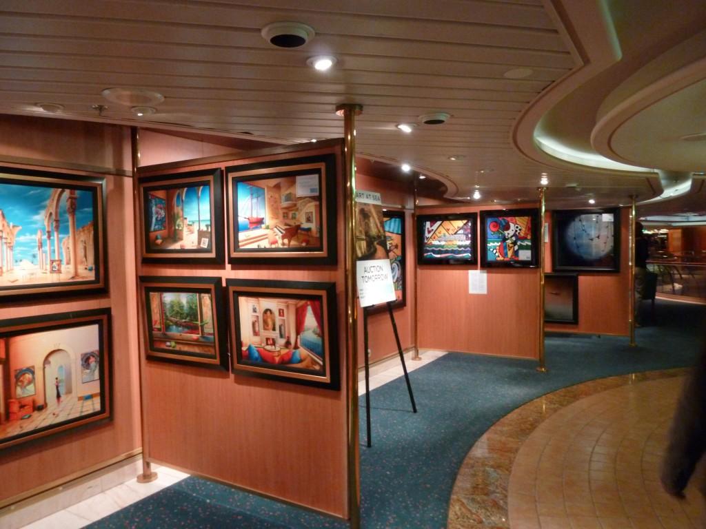 134 Ombord Konstauktioner förekom. Märkligt inslag.