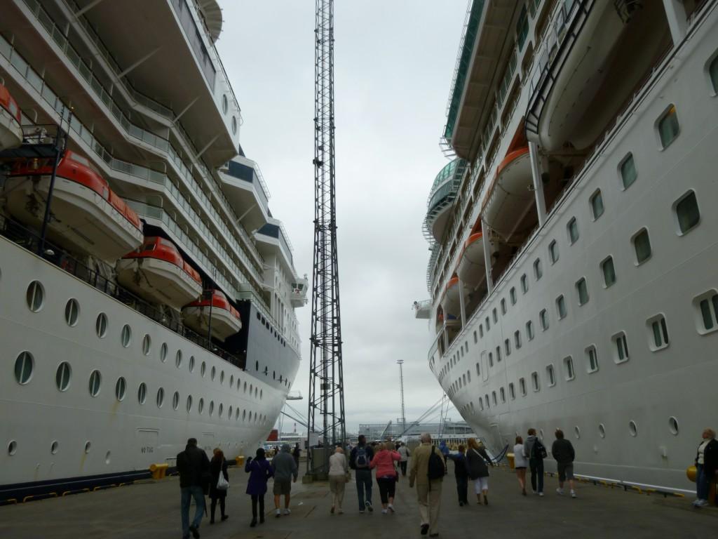 201 Tallin Vision of the Seas och hennes systerfartyg från Celebrity Cruises