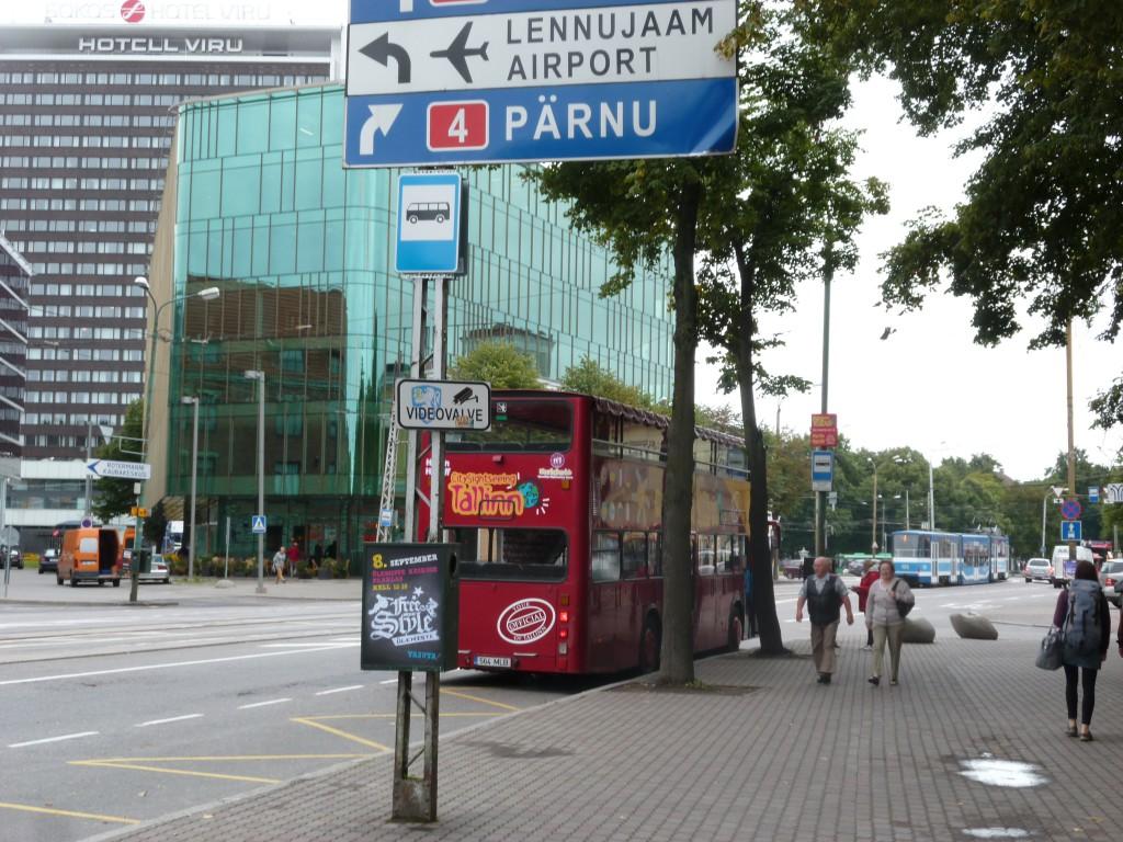203 Tallin, en gammal och ny stad. Här ny del.