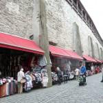 212 Tallin, stånd vid stadsmuren