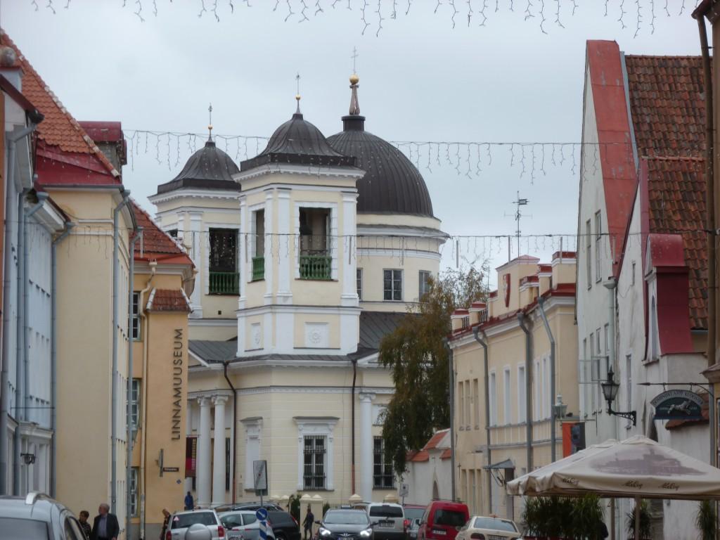 222 Tallin, vackra gamla hus fanns det gott om i gamla stan