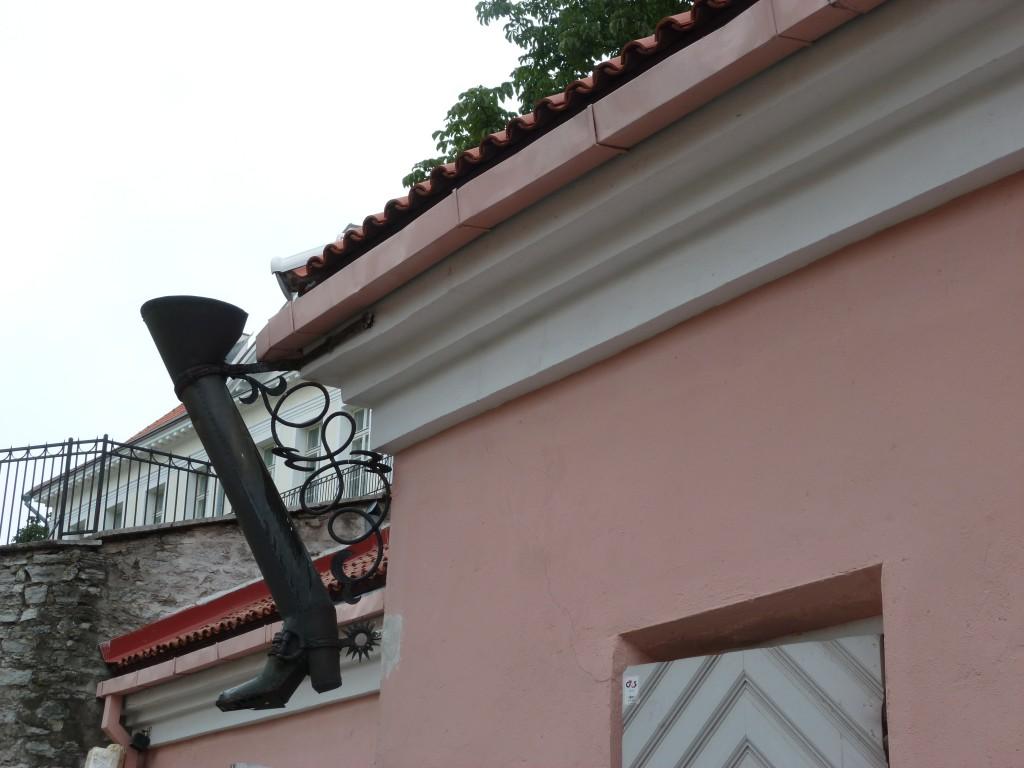 227 Tallin, vackra gamla hus fanns det gott om i gamla stan