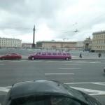 316 Vi såg många långa limousiner, de är populära vid bröllop
