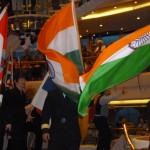Flaggparaden. Bestättningen kom från 57 nationer och passagerarna från 56. Detta var man, med rätta, mycket stolta över.