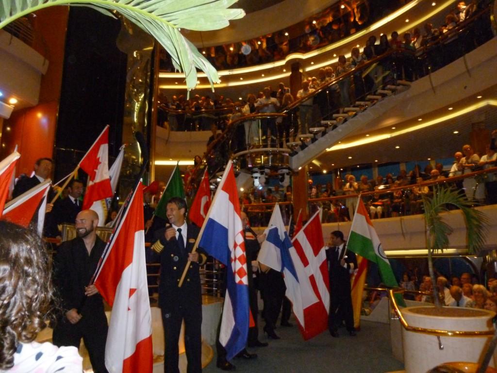 Även kaptenen, som här håller sin flagga från Kroatien.